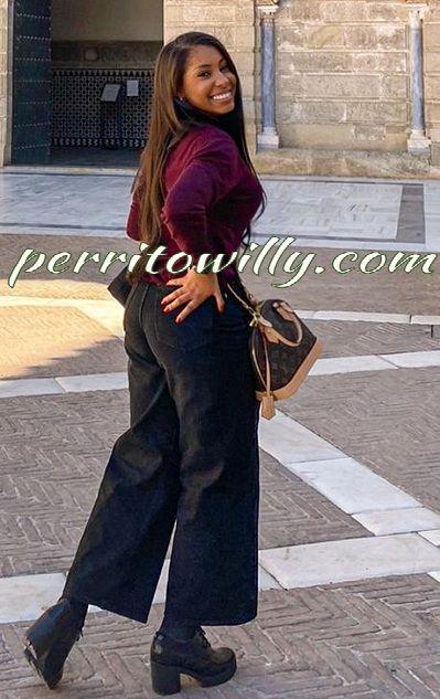 AMANDA 19 AÑOS SEDIENTA DE SEXO (2 VÍDEOS Y 12 FOTOS)